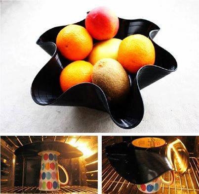 Schaltplatte als Schüssel - einfach kurz in den heißen Ofen und dann formen - aber nicht im Ofen vergessen das Ding