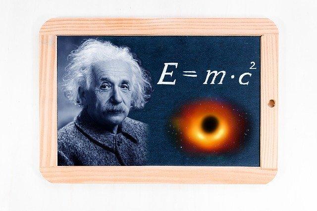 Albert Einstein und der Gott von Spinoza.